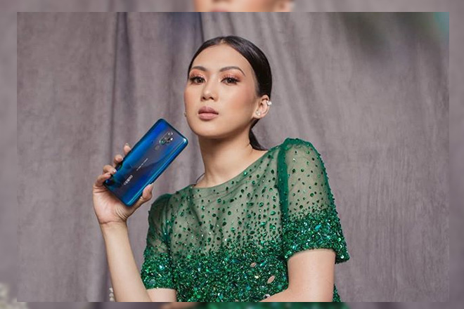 Behind The Scenes: Alex Gonzaga Shows Off Her Modern Filipiniana Dress at the ABS-CBN Ball 2019!